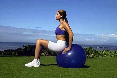 Bewegung im Sitzen durch isometrische Übungen